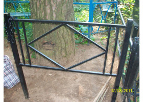 Кованая оградка №1