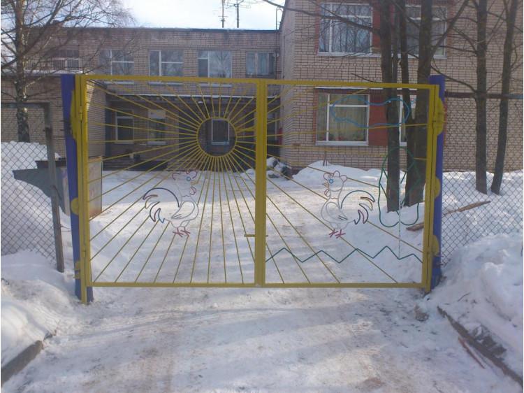 Кованые ворота №2, Детский сад, (распашные) кованые