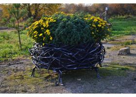 Кованая подставка для цветов Гнездо